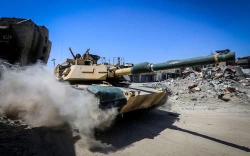 Иракская армия празднует освобождение Мосула