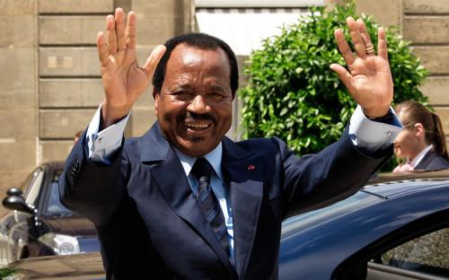 """<p><strong>Сколько у власти: </strong>42 года</p>  <p>Поль Бийя был назначен премьер-министром в 1975 году, а в 1982 году после отставки Ахмаду Ахиджо занял пост президента. При этом Ахиджо был приговорен к пожизненному заключению за попытку госпереворота. На выборах в 2011 году Бийя переизбрали вновь сроком на семь лет. За это время он подавил один переворот, а страна участвовала в двух вооруженных конфликтах за влияние на полуострове Бакасси, богатом нефтью.</p>  <p>В рейтинге издания Parade Бийя в 2009 году <a href=""""https://parade.com/110133/davidwallechinsky/more-of-the-worlds-worst-dictators/"""">занял</a> 19-е место в списке наихудших мировых диктаторов.</p>"""