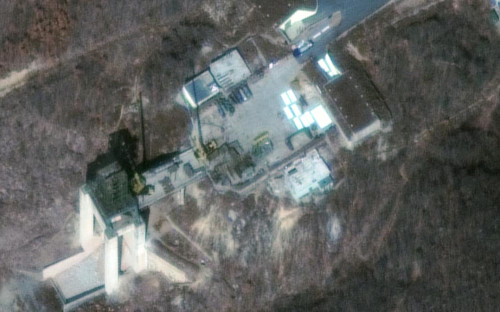 Спутниковая фотография северокорейского испытательного полигона Сохэ