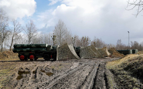 Фото:Зенитно-ракетный комплекс С-400 (Фото: РИА Новости)