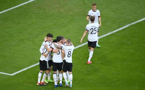 Фото: Игроки сборной Германии (Matthias Hangst/Getty Images)