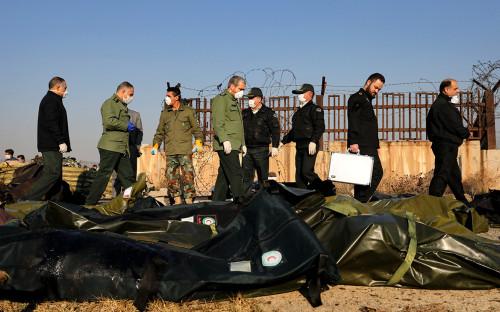 СМИ сообщили о случайном попадании ракеты в украинский лайнер в Иране