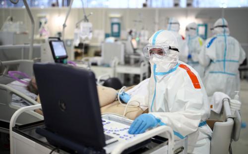 Проценко заявил об усложнившемся лечении коронавируса из-за мутаций