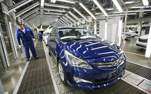 <p><strong>1. Hyundai Solaris</strong></p>  <p>Сколько продано автомобилей в&nbsp;первом квартале 2016 года:&nbsp;21,4&nbsp;тыс.</p>  <p>Разница с&nbsp;первым кварталом 2015 года: снижение на&nbsp;13,7%.</p>  <p>Место в&nbsp;ренкинге за&nbsp;первый квартал 2015 года: 2-е.</p>