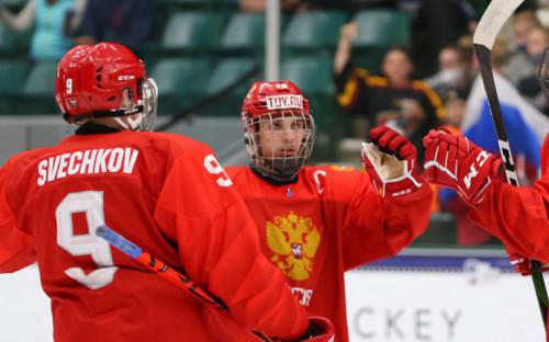 Фото:Игроки юниорской сборной России (Фото: сайт Федерации хоккея страны)