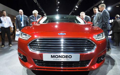 <p><b>Ford Mondeo</b> выпускается с 2002г. на заводе во Всеволожске Ленинградской области.<br /> <br /> <b>Стоимость машины &ndash; 0,8-1,3 млн руб.</b></p>