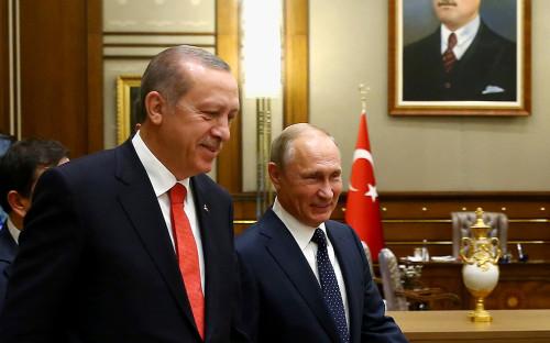 <p>Реджеп Тайип Эрдоган и Владимир Путин во время встречи 28 сентября</p>