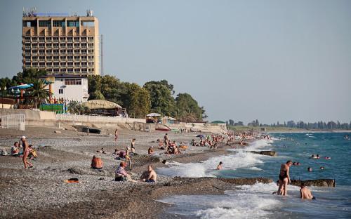 <p>Отдых туристов в Абхазии после открытия российско-абхазской границы, Гагра</p>