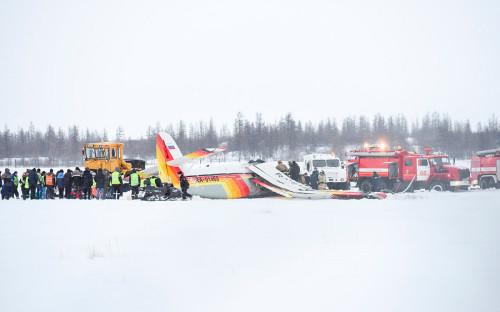 Ан-2,вылетевший из Нарьян-Мара в поселок Харута, рухнул прямо на летное поле. На борту были 11 пассажиров и два члена экипажа. Четверо человек погибли, в том числе один ребенок.