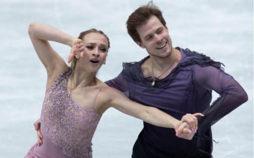 Фото:Виктория Синицина и Никита Кацалапов (Фото: AP)