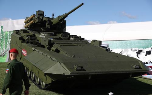 <p>Разработанный в ЦНИИ &laquo;Буревестник&raquo; боевой модуль для БМП Т-15 на платформе &laquo;Армата&raquo; оснащен орудием калибром 57&nbsp;мм (ранее Т-15 был оснащен орудием калибром 30 мм), сверхзвуковыми противотанковыми ракетами &laquo;Атака&raquo; и пулеметом калибром 7,62 мм</p>