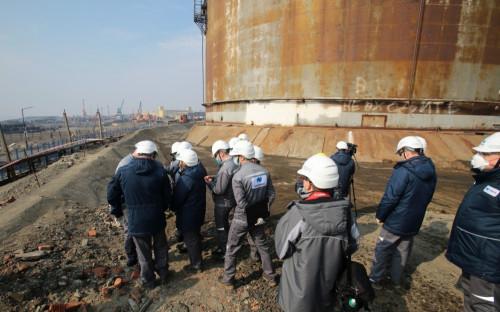 Cотрудники компании «Норникель» на территории на ТЭЦ-3