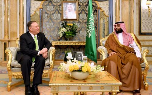 Майк Помпео инаследный принц Саудовской АравииМухаммед ибн Салман Аль Сауд