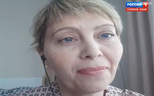 """<p>Мать троих детей Наталья Журова <a href=""""https://www.rbc.ru/rbcfreenews/5b190bd19a794744120deae8"""">заявила</a>, что не может получить положенный по закону участок земли, добавив, что сейчас она находится в четвертой сотне ожидающих очереди.</p>  <p>По ее словам, руководство региона не помогает в решении вопроса, считая, что к многодетным семьям относятся только те, в которых есть как минимум четыре ребенка. Президент поручил губернатору Томской области Сергею Жвачкину разобраться с ситуацией.</p>  <p>&laquo;Губернатор исчерпывающе ответил на этот вопрос. Он пообещал встретиться с жительницей Томска и решить ее проблему&raquo;, &mdash; отметил представитель пресс-службы Жвачкина в разговоре с РБК. Он не смог сообщить, когда состоится встреча губернатора с жительницей, посоветовав позвонить 8 июня.</p>"""