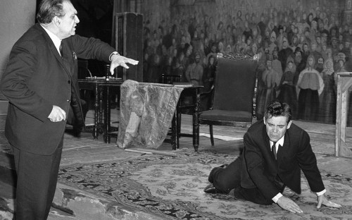 <p>Александр Ведерников на репетиции &laquo;Бориса Годунова&raquo;</p>