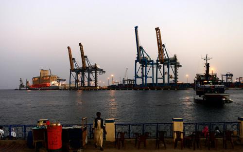 Порт в гавани Порт-Судана