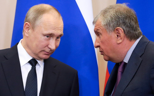 Владимир Путин и Игорь Сечин (слева направо)
