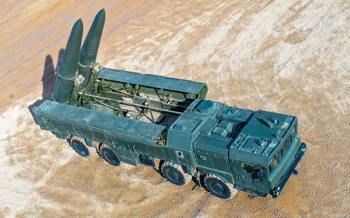 Самоходная пусковая установка «Искандер-М»