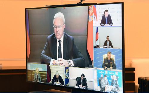 <p>Совещание о мерах по ликвидации разлива дизельного топлива в Красноярском крае</p>