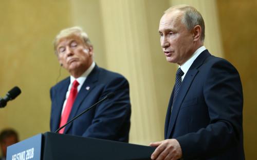 Дональд Трамп (слева) и Владимир Путин