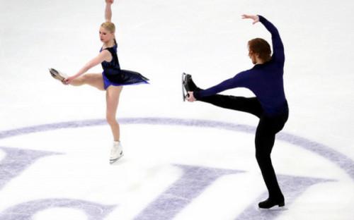 Фото: Евгения Тарасова и Владимир Морозов (Фото: Наталия Федосенко/ТАСС)