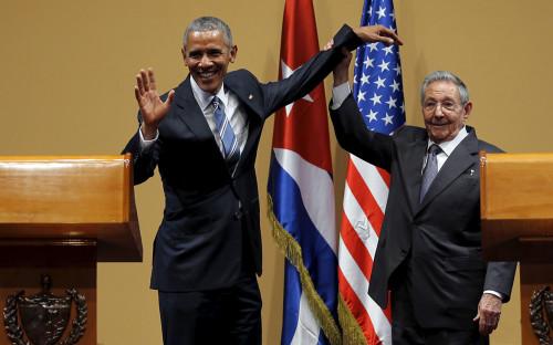 <p>Барак Обама и Рауль Кастро</p>  <p></p>
