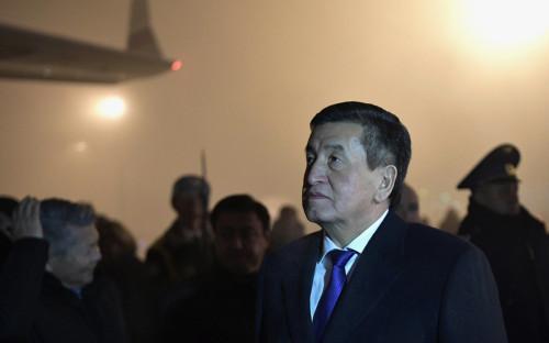 «Пропавший» президент Киргизии обсудил со спикером парламента импичмент