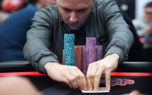 Онлайн покер в россии за рубли карты для кс 16 играть