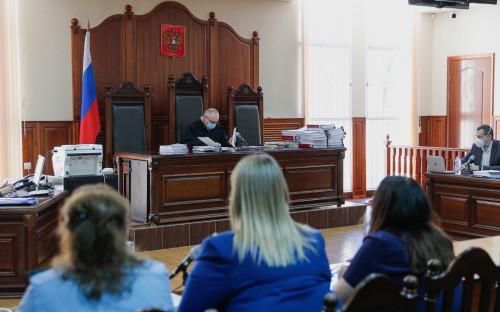 На заседании суда в Калининграде по делу бывшего руководителя роддома № 4 Елены Белой и врача-неонатолога регионального перинатального центра Элины Сушкевич