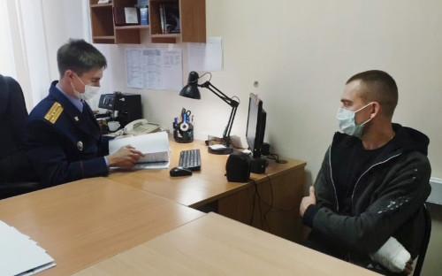 Максим Резунов (справа)