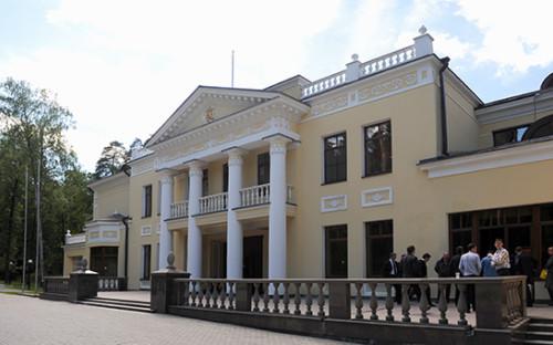 <p>Резиденция президента России в &laquo;Ново-Огарево&raquo;</p>  <p></p>  <p></p>
