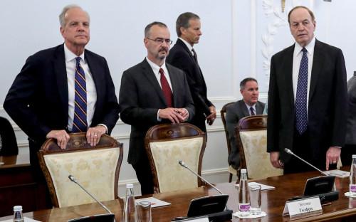 Слева направо: Джерри Моран, Энтони Годфри, Джон Тун и Ричард Шелби во время встречи с Георгием Полтавченко