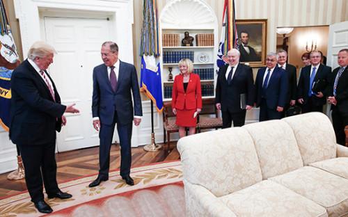 <p>Дональд Трамп и&nbsp;Сергей Лавров (слева направо)</p>  <p></p>