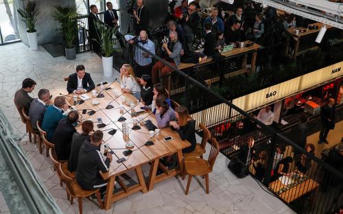 «Устроил целое шоу»: западные СМИ— о пресс-конференции Зеленского