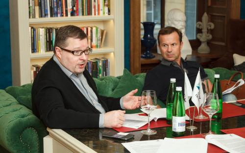 Члены экспертного совета Премии РБК Петербург 2017 Федор Гаврилов (РБК) и Андрей Лушников («Бестъ»)