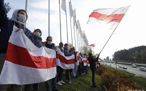 В Минске определили 44 подверженных «деструктивному влиянию» района