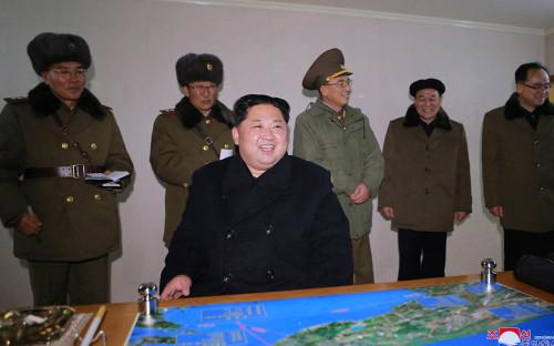 <p>Ким Чен Ын</p>  <p></p>