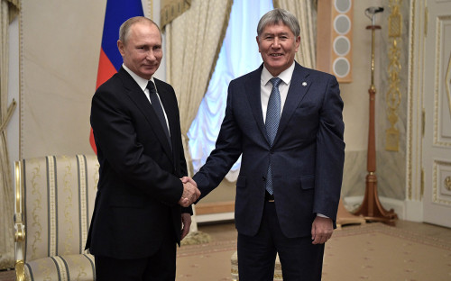 Владимир Путин иАлмазбек Атамбаев