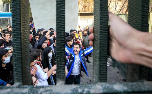 <p>Протесты в Иране. 30 декабря 2017 года</p>  <p></p>