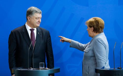 <p>Петр Порошенко и Ангела Меркель</p>  <p></p>