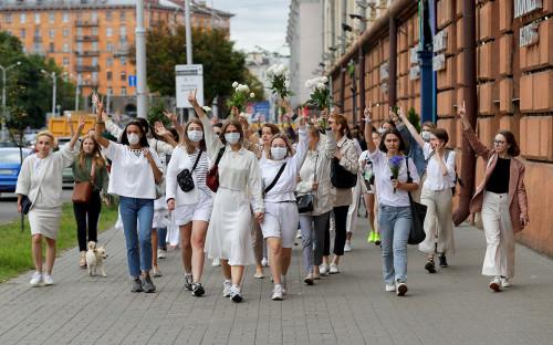 Акция в поддержку задержанных и пострадавших во время протестов в Минске