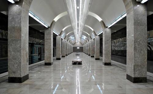 станция метро «Горьковская»