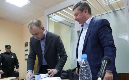 Заместитель главы Генштаба ВС РФ генерал-полковник Халил Арсланов (справа)