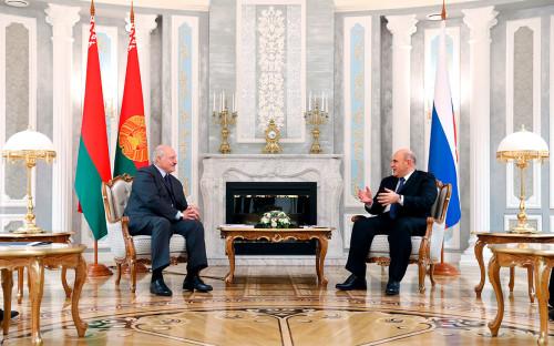 <p>Михаил Мишустин и Александр Лукашенко</p>