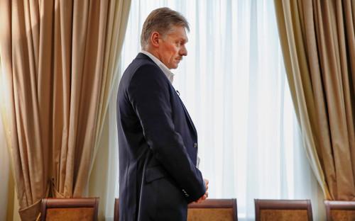 <p>Дмитрий Песков</p>