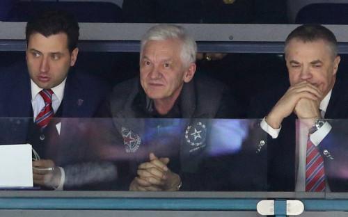 Первый вице-президент ФХР Роман Ротенберг, президент СКА Геннадий Тимченко и бывший президент КХЛ Александр Медведев (слева направо)
