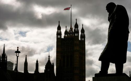 В Amnesty заявили об использовании COVID-19 для нарушения прав человека