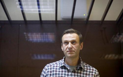 "<p>Алексей Навальный</p>  <div id=""gtx-trans"" style=""position: absolute; left: -164px; top: -5px;""> <div class=""gtx-trans-icon""></div> </div>"