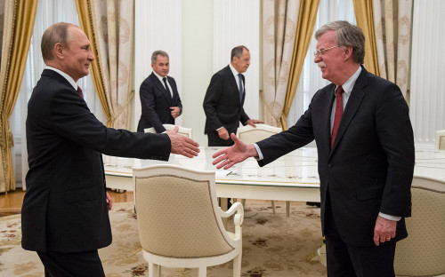 Владимир Путин и Джон Болтон