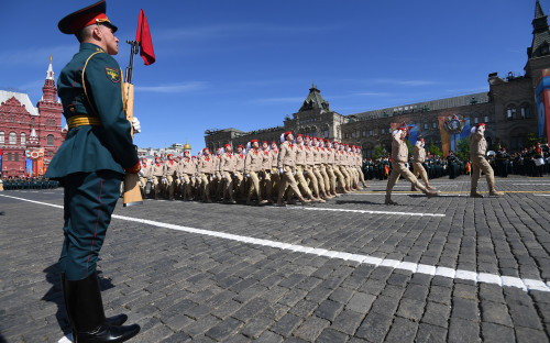 Парадный расчет «Юнармии» на Красной площади